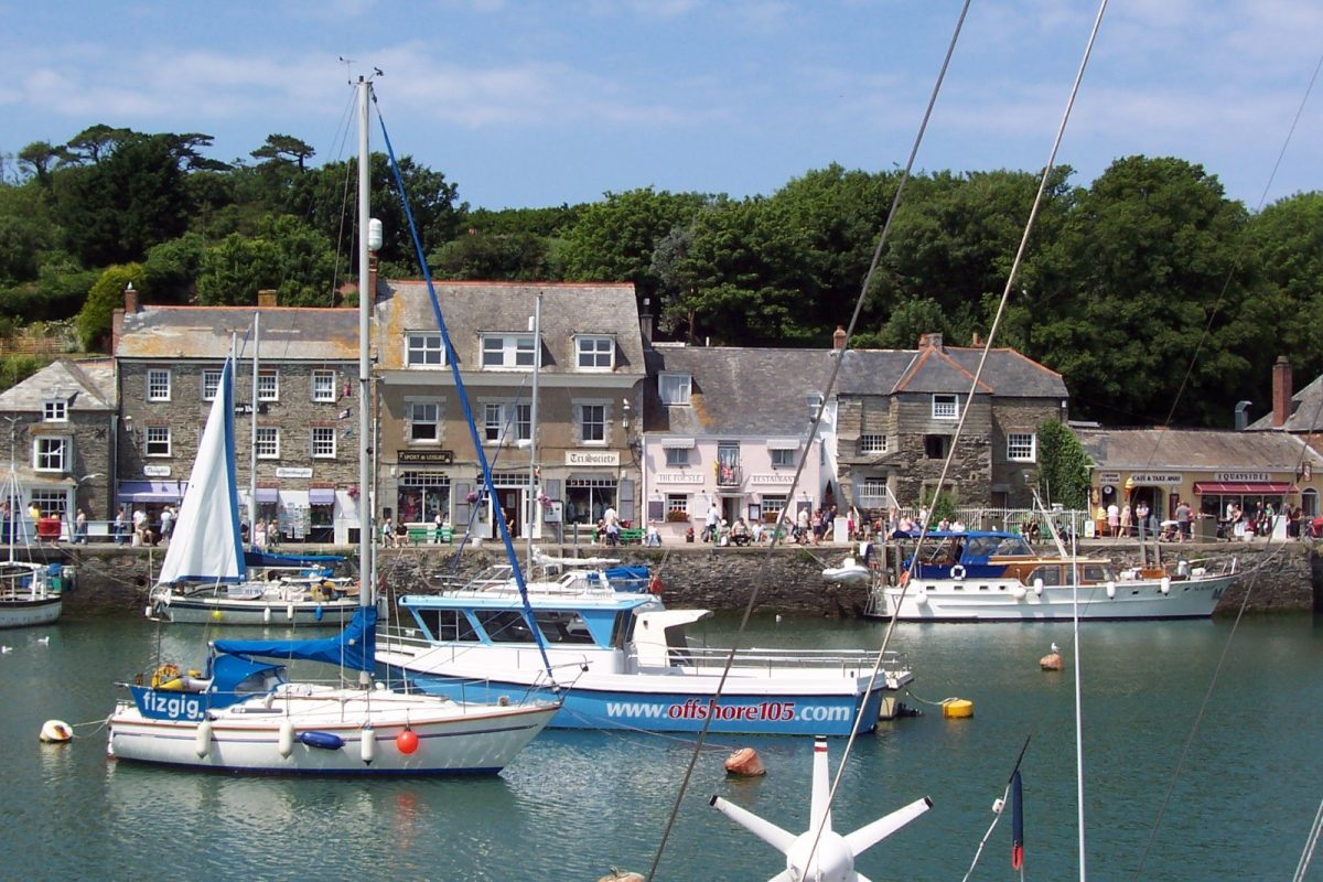 Padstow-harbour-in-Cornwall
